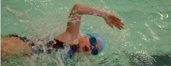 trening pływacki z wykorzystaniem core stability